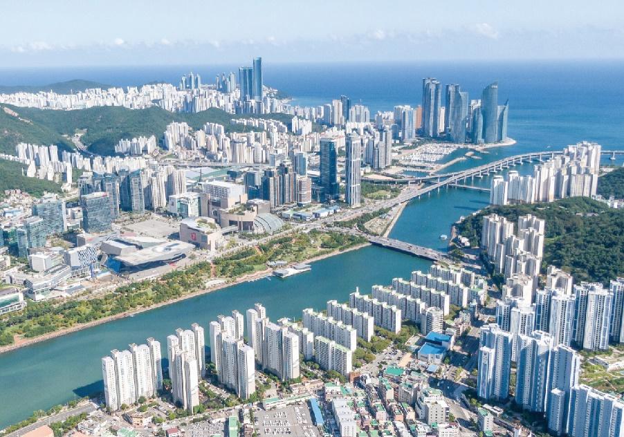 [与动感釜山同行釜山路]②以建筑了解釜山的新心脏--Centum City