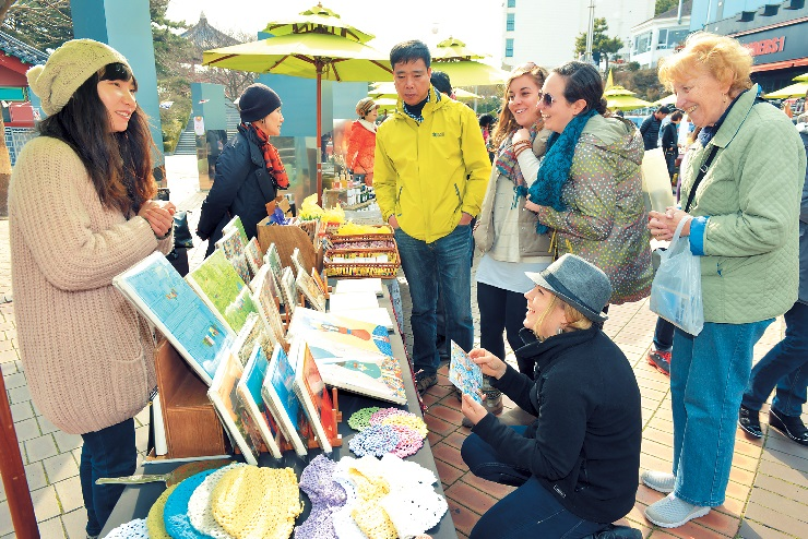 Spring marks return of scenic spring markets